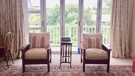 m_morris_chairs_in_front_of_balcony.jpg