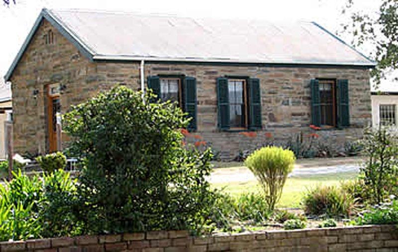 m_stone_cottage.jpg